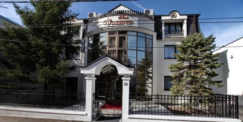 A Hotel Com Garni Hotel Vozarev Hotel Belgrad Serbien Preis