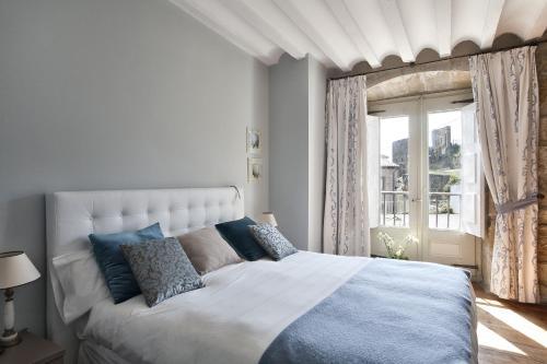 Habitación Doble Especial - 1 o 2 camas Hospedería Señorío de Briñas 9