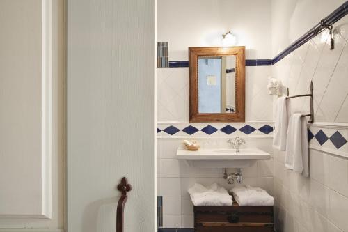 Habitación Doble Especial - 1 o 2 camas Hospedería Señorío de Briñas 7