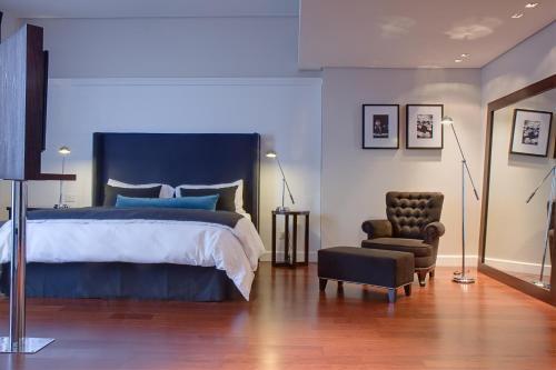Broadway Hotel & Suites photo 26