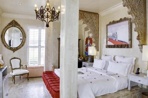 119 11th Street, Hermanus 7200, South Africa.