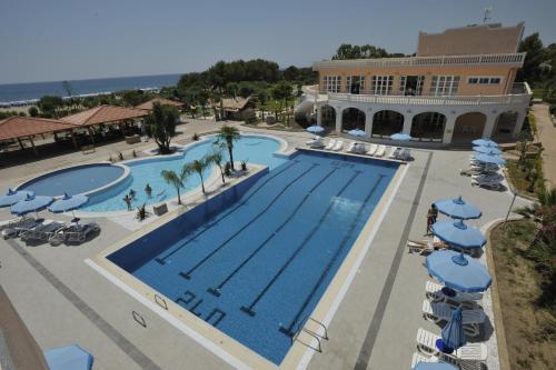 Santa Monica Resort