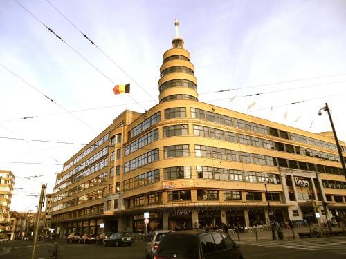 Avenue Général De Gaulle, 1050 Brussels (Ixelles), Belgium.