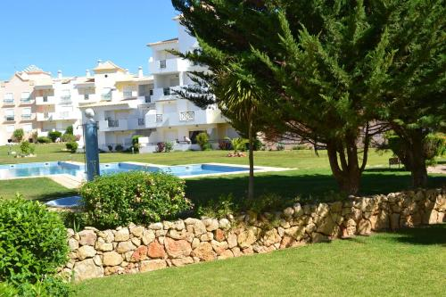 Condominio Jardins Santa Eulalia by Garvetur in Portugal