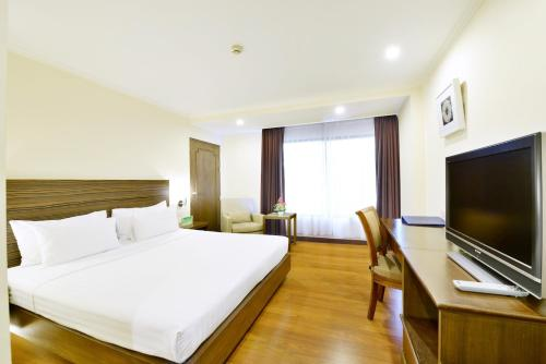 Staycation Offer - Superior Room with Early Check-In 9am and Late Check-Out 3pm