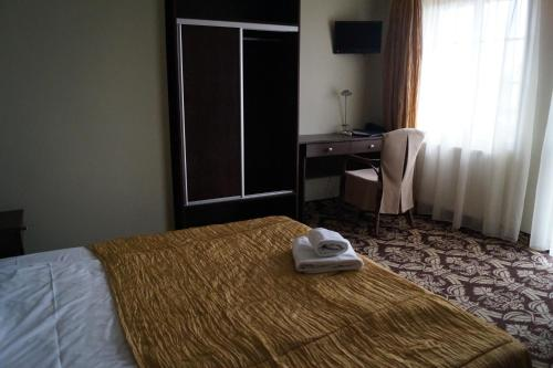 Cameră single, cu balcon (Single Room with Balcony)