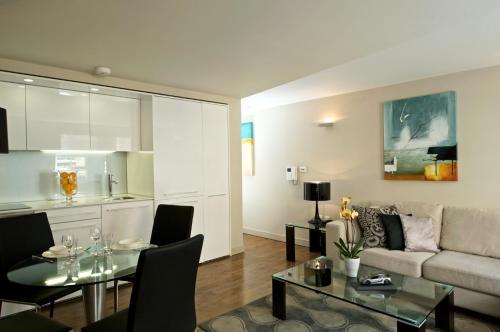 Fraser Residence Bishopsgate - Photo 7 of 18