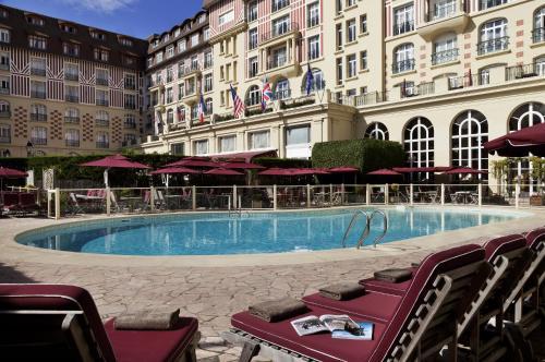 Hôtel Barrière Le Royal Deauville - Hôtel - Deauville