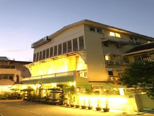 Sawasdee Sukhumvit Inn photo 45
