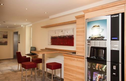 Фото отеля Tinschert Hotel-Restaurant-Partyservice