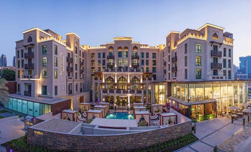 Emaar Boulevard, The Old Town, Downtown Dubai, United Arab Emirates.