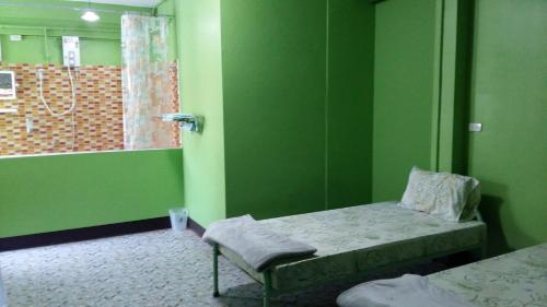 New C.H. Guest House photo 3