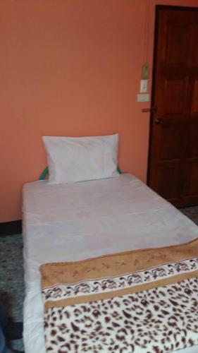 New C.H. Guest House photo 13