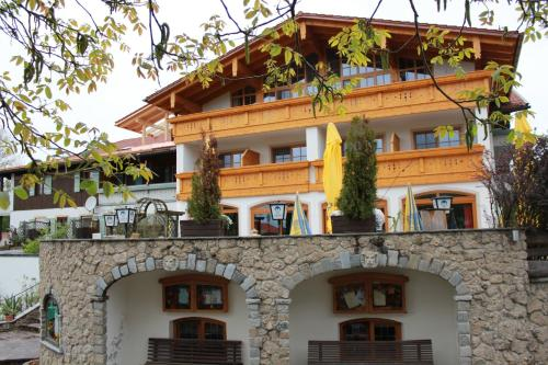 Landgasthaus And Hotel Kurfer Hof