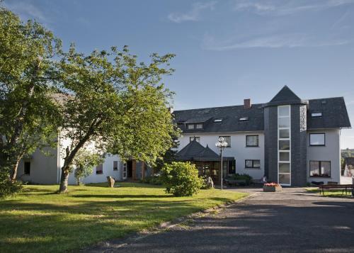 Landhotel Karrenberg - Hotel - Kirchberg