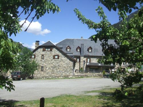 Accommodation in Escuñau
