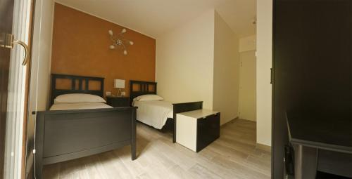 Cameră twin standard, cu vedere la munte (Twin Room with Mountain View)