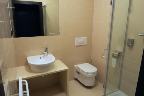 Cameră dublă sau twin cu balcon (Double or Twin Room with Balcony)