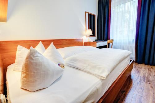 Hotel Antares photo 4