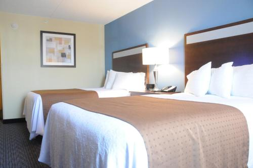 Holiday Inn Lansdale - Lansdale, PA 19443