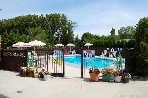 Rosedale Motel - Photo 6 of 22