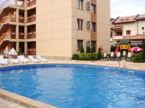 . Stella Maris Apartments