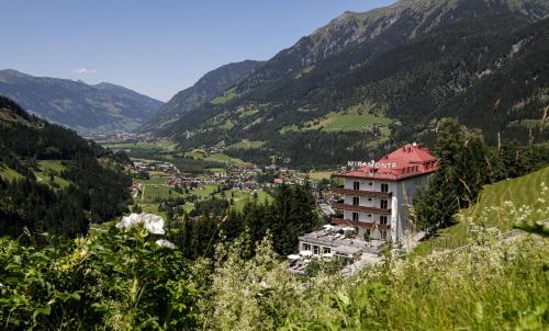 Reitlpromenade 3, A-5640 Bad Gastein, Austria.