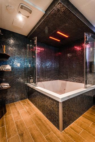 Olux Hotel-Motel-Suites - Photo 4 of 52
