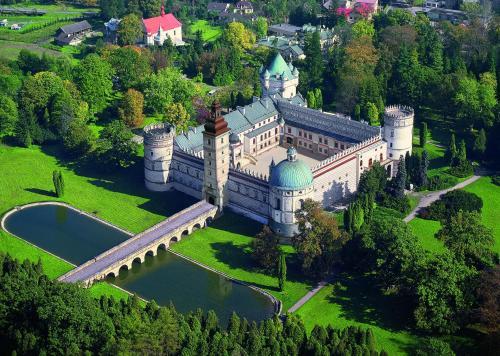 . Zamek w Krasiczynie