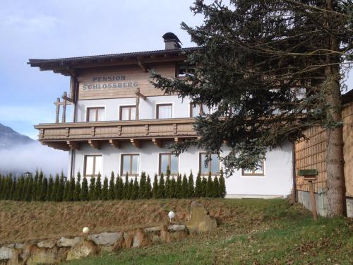 Pension Schlossberg - Accommodation - Mittersill