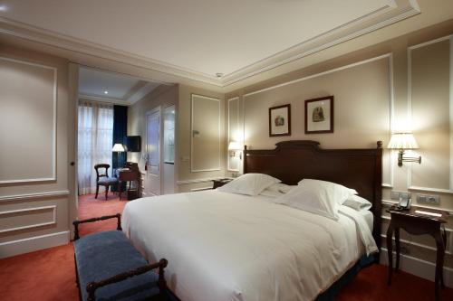 Suite Palacio Guendulain 5