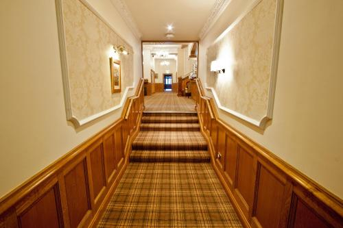 Duke Of Gordon Hotel picture 1 of 28