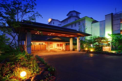 仨舍特日式旅館 Sansatei