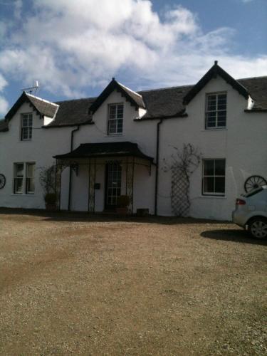 Strathwhillan House, Western Isles