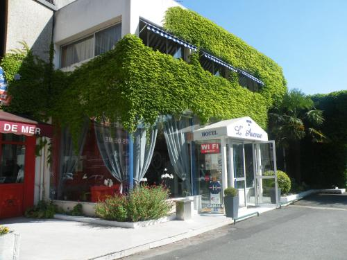 __{offers.Best_flights}__ Hôtel de L'Avenue