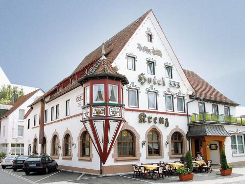 . Hotel und Gästehaus Kreuz