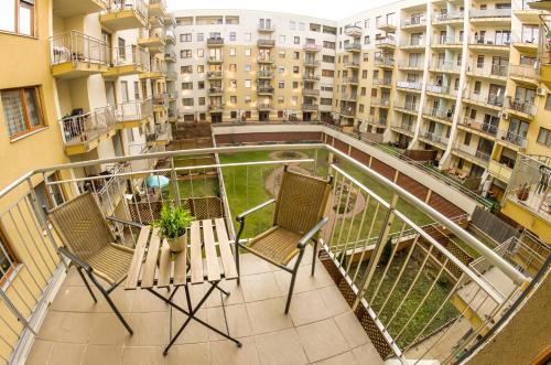 DnD Apartments Keleti Railway Station photo 24
