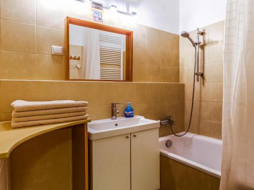 DnD Apartments Keleti Railway Station photo 46