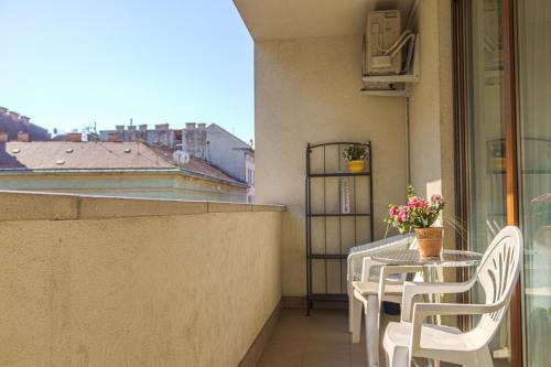 DnD Apartments Keleti Railway Station photo 68