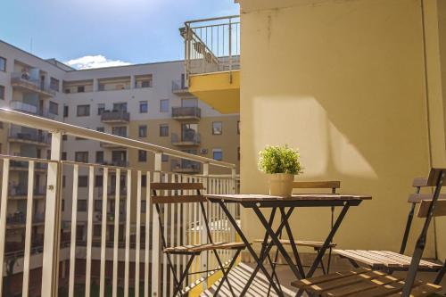 DnD Apartments Keleti Railway Station photo 78