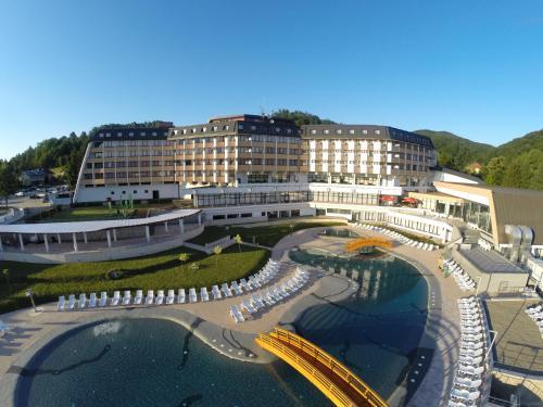 . Hotel Kardial