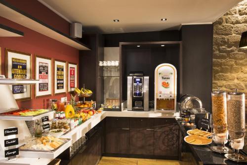 Hotel Les Th 233 226 Tres H 244 Tel 98 Rue De Clery 75002 Paris