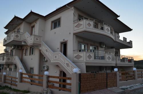 . Thassos Grand Villas Apartments & Studios