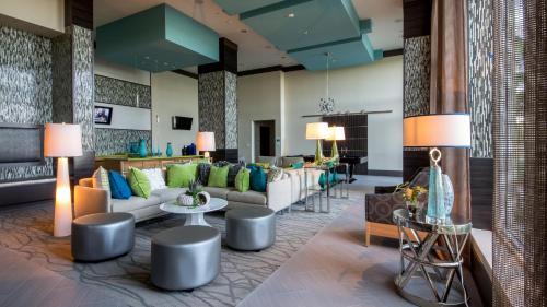 Mare Azur Miami Luxury Apartments By Grand Bay - Miami, FL 33138