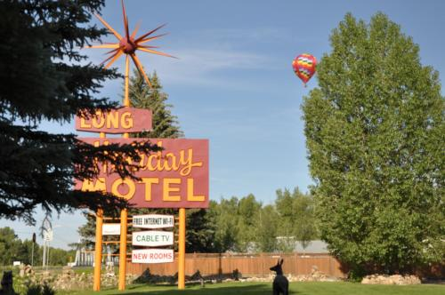 Long Holiday Motel - Gunnison, CO 81230