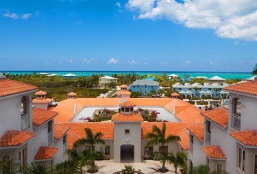 . Hotel La Vista Azul