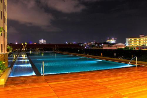 I Hotel Baloi Batam photo 3
