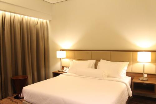 I Hotel Baloi Batam photo 10