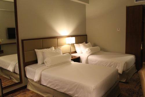 I Hotel Baloi Batam photo 14