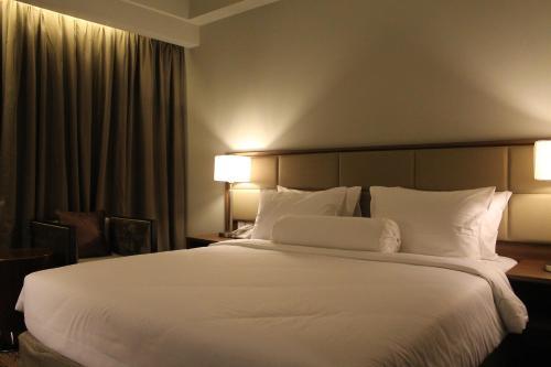 I Hotel Baloi Batam photo 26